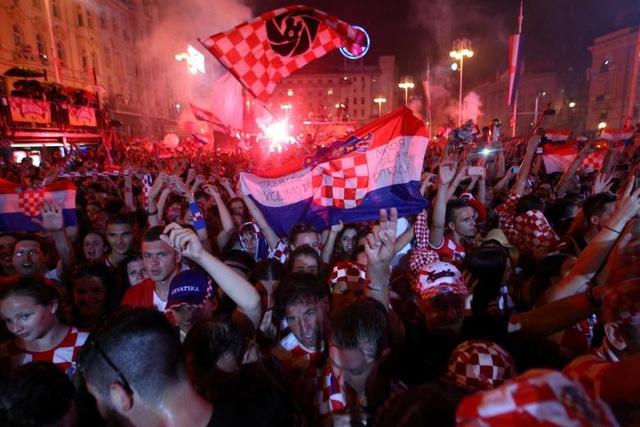 Thủ đô Zagreb đang sống trong những đêm không ngủ