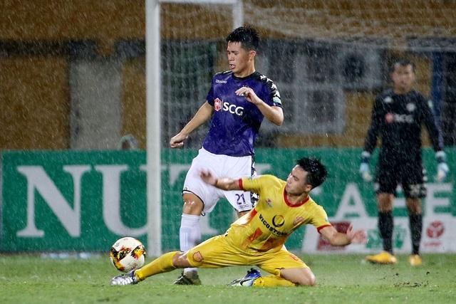 CLB Hà Nội suýt nhận thất bại trước Nam Định - Ảnh: Gia Hưng