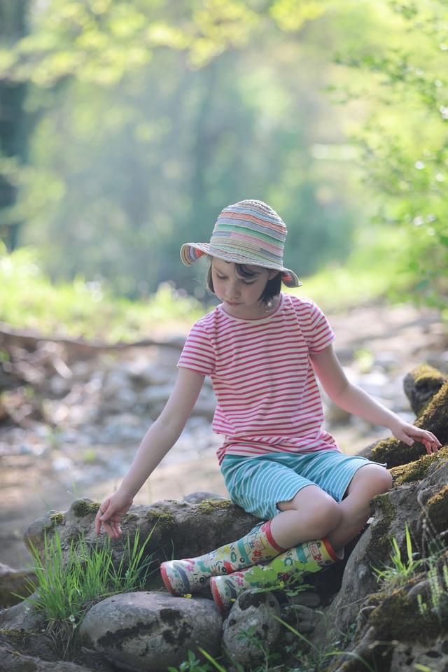 Du lịch đã giúp cô bé tự kỉ hòa nhập cộng đồng - 11