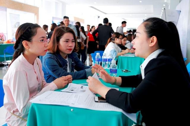 Ngay trước thềm tốt nghiệp, sinh viên ĐH Đông Á được kết nối, tạo cơ hội việc làm