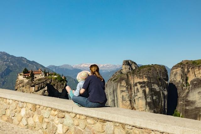 Du lịch đã giúp cô bé tự kỉ hòa nhập cộng đồng - 2