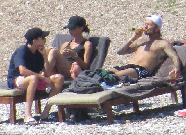 David - Victoria Beckham đưa 4 con đi nghỉ mát tại Croatia dịp cuối tuần qua