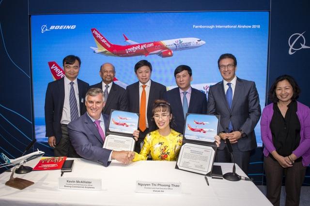 Boeing và Vietjet ký kết hợp đồng mua bán 100 máy bay ngày 18/7