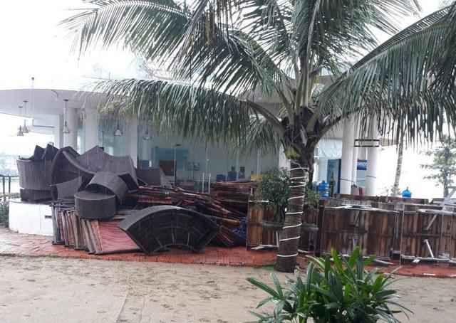 Dọc bờ biển Sầm Sơn, công tác thu dọn tài sản đã cơ bản hoàn tất