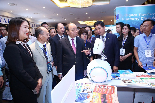 Giải pháp hóa đơn điện tử của MISA gây ấn tượng mạnh mẽ đối với quan khách tham dự.