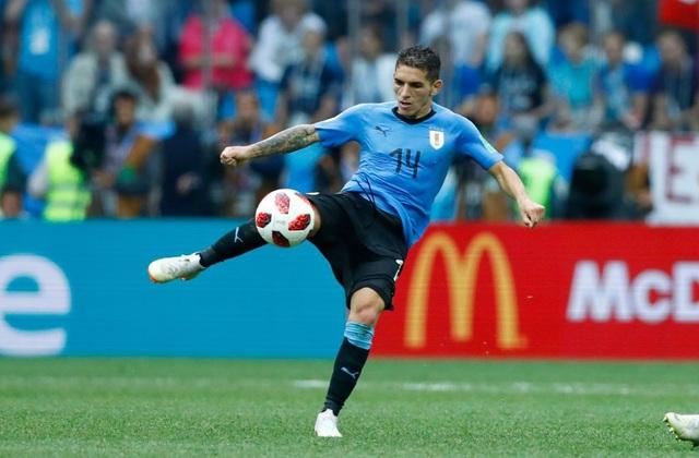 Lucas Torreira gây ấn tượng mạnh mẽ trong vai trò tiền vệ phòng ngự