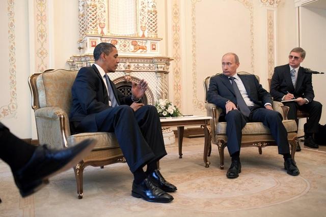 Cựu Tổng thống Obama gặp Tổng thống Putin tại dinh thự của ông Putin ở Moscow vào tháng 7/2009. (Ảnh: White House)