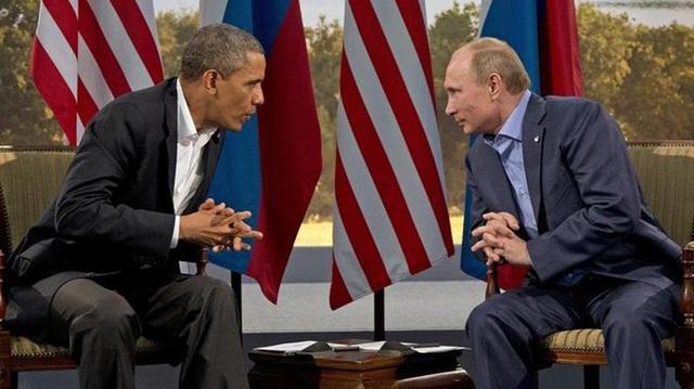 Ông Obama gặp ông Putin tại Bắc Ireland ngày 17/6/2013. (Ảnh: Evan Vucci)