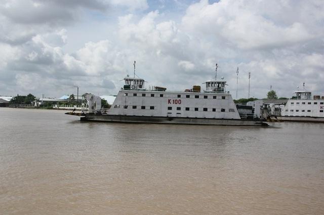 Phà Đình Khao - nơi người phụ nữ bất gờ nhảy xuống sông tự tử.
