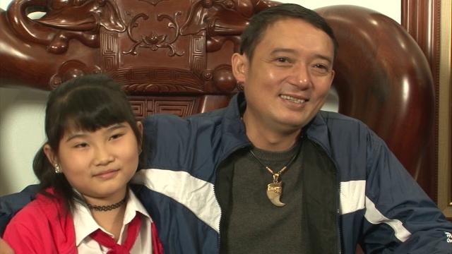 Chiến Thắng tình cảm bên con gái Linh Nhi.
