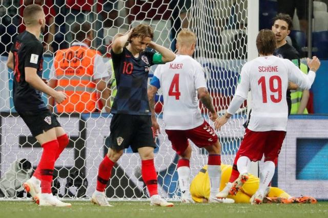 Sự tiếc nối của đội trưởng tuyển Croatia, anh không thể thắng thủ thành Schmeichel