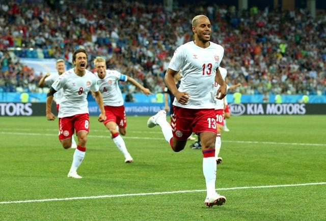 Đan Mạch có bàn mở tỷ số ngay ở giây 57