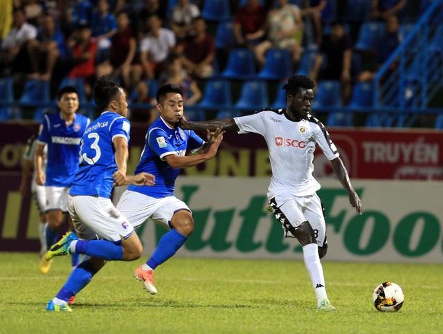Hà Nội FC thẳng tiến đến ngôi vô địch V-League - Ảnh: Gia Hưng
