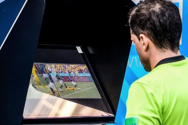 Màn hình VAR tại World Cup 2018.