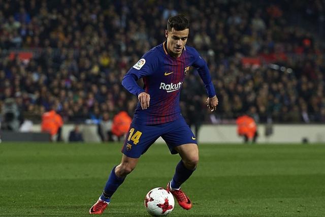 Tháng 1/2018, Barcelona đã cắn răng chi tới 142 triệu bảng để chiêu mộ Coutinho (tính cả phụ phí) với hy vọng cầu thủ này có thể thay thế Iniesta. Thế nhưng, do có quá ít thời gian làm quen với CLB mới, Coutinho chưa đáp ứng được kỳ vọng. Cầu thủ này được hy vọng sẽ vươn mình trong mùa giải thứ 2 ở Nou Camp.