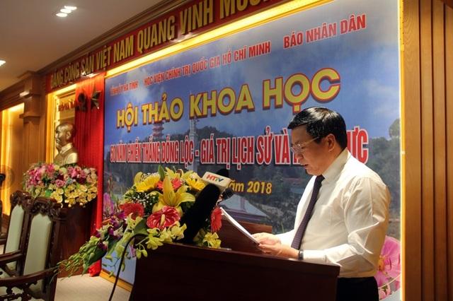 GS.TS Nguyễn Xuân Thắng - Giám đốc Học viện Chính trị Quốc gia Hồ Chí Minh phát biểu đề dẫn khai mạc hội thảo.