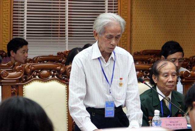 Một đại biểu nghẹn ngào, xúc động khi hồi ức lại giây phút sinh tử tại ngã ba Đồng Lộc.