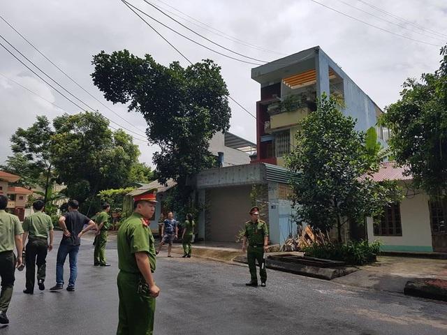 Công an khám nhà người trực tiếp nâng điểm thi ở Hà Giang - 3