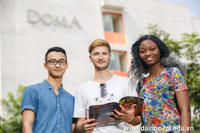 Đại học FPT tư vấn tuyển sinh 2018 - 17