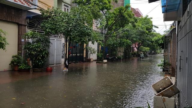 Quảng Ninh: Ngập sâu tới hơn 1m tại Đèo Bụt - 8