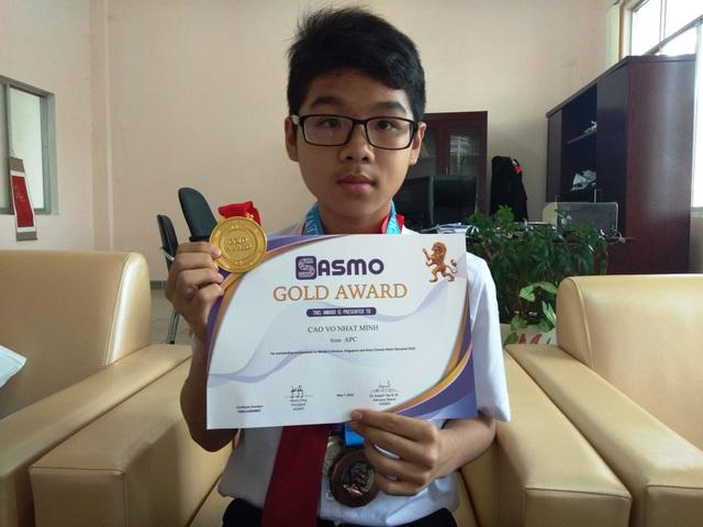 Trong Kì thi Quốc tế Singapore và Châu Á 2018, Minh đã xuất sắc giành huy chương vàng.