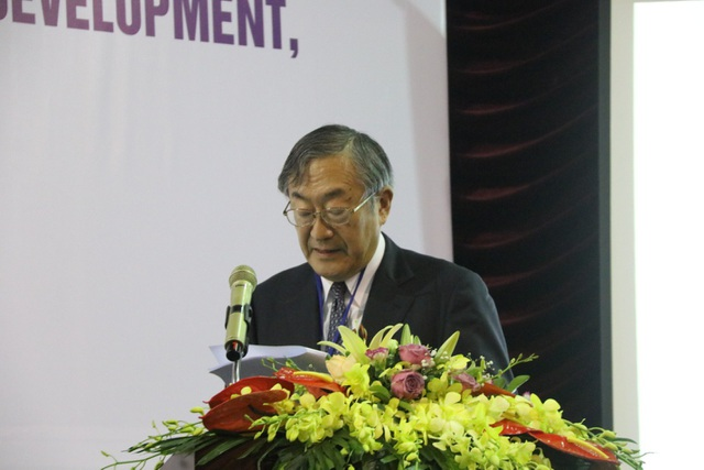 GS Furuta Motoo, Hiệu trưởng trường Đại học Việt Nhật