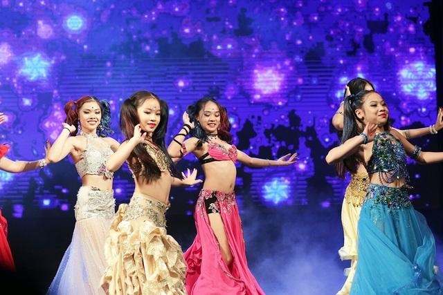 Từ những sân khấu như thế này, nhiều tài năng được phát hiện và định hướng sẽ trở thành những vũ công tên tuổi trong tương lai.