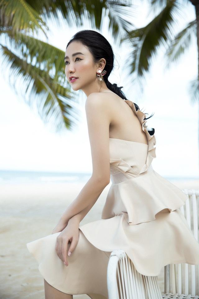 Chào đón tuổi mới với nhiều những dự định, kế hoạch mới, Hà Thu không chỉ chứng tỏ sự trưởng thành của bản thân mà còn cho thấy cô là một trong những nhan sắc cá tính của showbiz Việt.