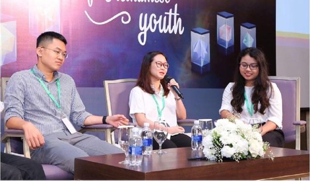 """Các diễn giả trong buổi hội thảo """"Power of Vietnamese Youth""""."""