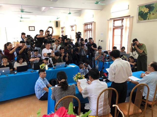 Hàng loạt sai phạm trong Quy chế thi tại Hội đồng thi Sở GDĐT Sơn La được công bố.