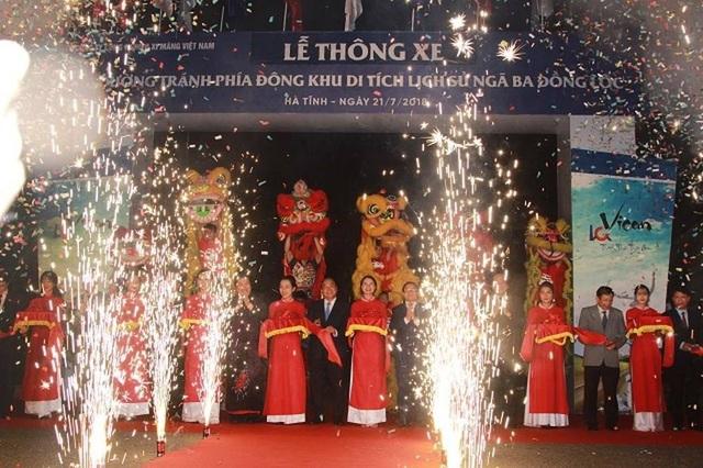 Thủ tướng cắt băng khánh thành đoạn đường tránh phía đông khu di tích ngã ba Đồng Lộc
