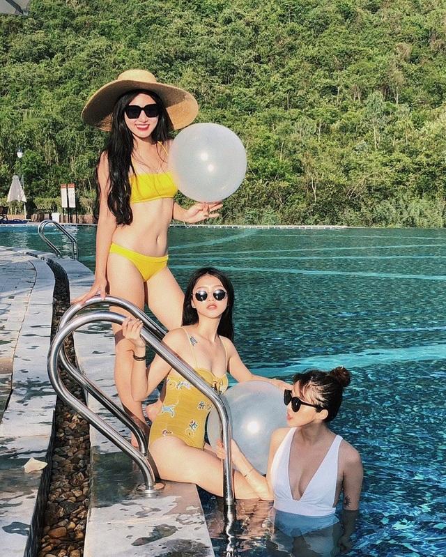 """Hot girl """"Nóng cùng World Cup"""" Linh Thỏ tiết lộ lí do Trâm Anh bị tẩy chay - 5"""