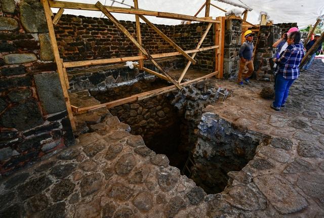 Phát hiện ngôi đền bị che lấp hơn 800 năm bên trong kim tự tháp - 2