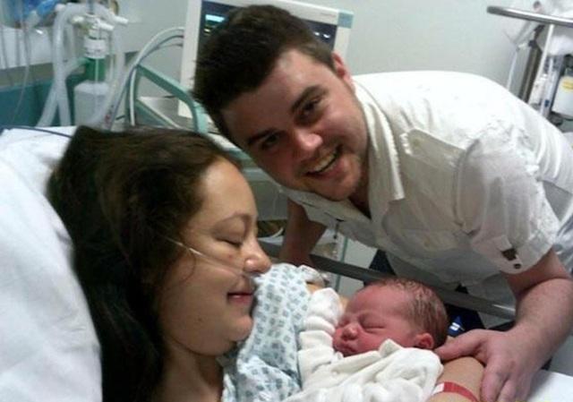 Grace vẫn ổn trong lần sinh đầu tiên vào năm 2012