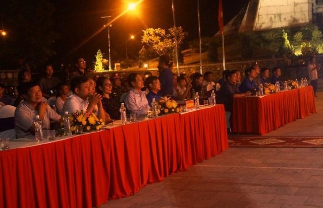 Nhiều đại biểu đến dự buổi lễ.