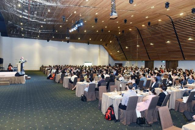 Hội thảo thu hút hơn 400 nhân sự cao cấp của các DN.