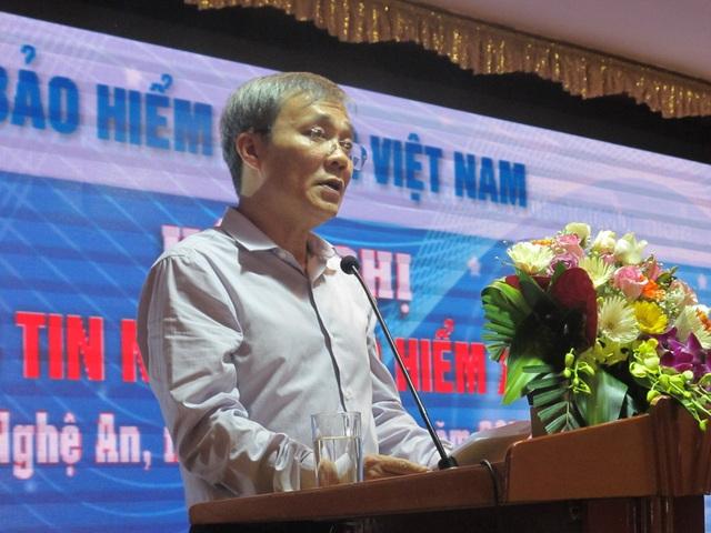 Ông Phạm Lương Sơn - Phó Tổng giám đốc BHXH Việt Nam khai mạc hội nghị.