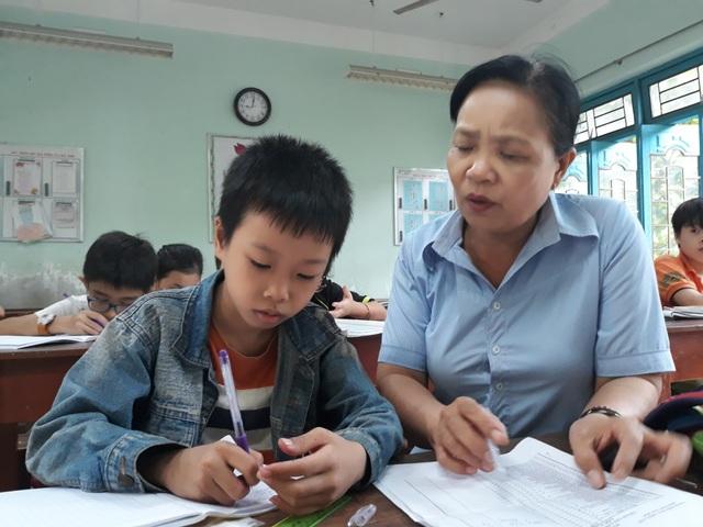 Cô Võ Thị Xuân đã gắn bó với những học sinh có hoàn cảnh khó khăn suốt 15 năm qua