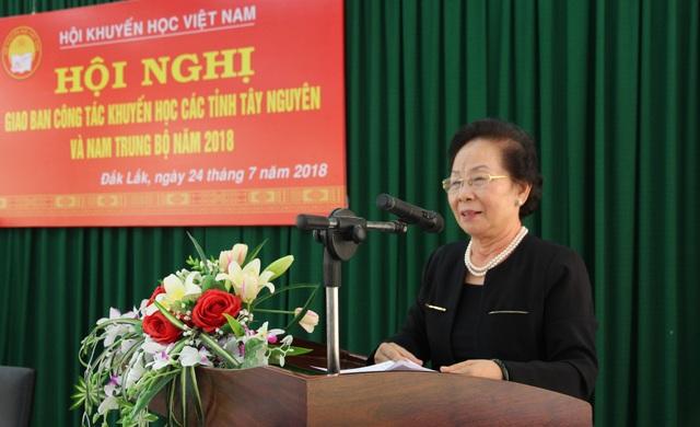 GS. TS Nguyễn Thị Doan - Chủ tịch Trung ương Hội Khuyến học Việt Nam phát biểu tại hội nghị.