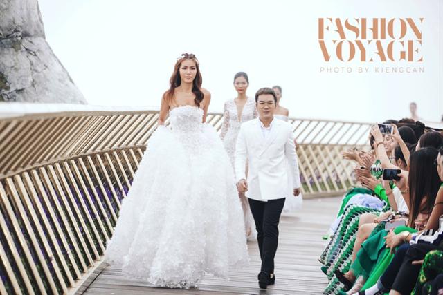 Cuộc hội ngộ đầy cảm hứng của các Nhà thiết kế trong chuyến viễn du Fashion Voyage - 4