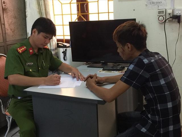 Lái xe Trần Văn Thắng tại Cơ quan Công an.