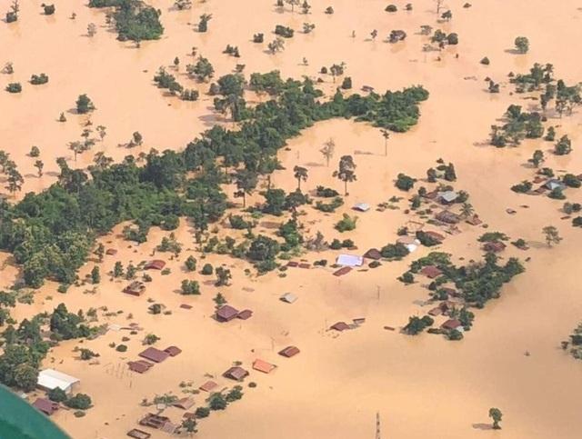 Nhiều ngôi làng tại Lào chìm trong biển nước sau sự cố vỡ đập Xe Pian Xe Namnoy (Ảnh: BBC)