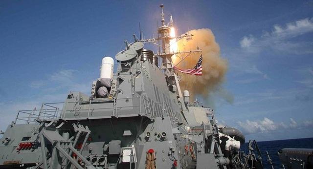 Tên lửa SM-3 được phóng từ tàu khu trục USS Decatur lớp Arleigh Burke trong một buổi thử tên lửa đạn đạo của Cơ quan Tên lửa Quốc phòng (Mỹ). Ảnh: SPUTNIK