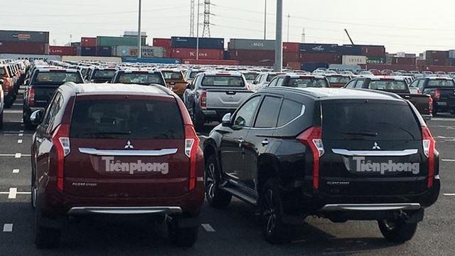 Xét về phân khúc, xe ô tô từ 9 chỗ ngồi trở xuống vẫn chiếm đa số, với 1.535 chiếc, trị giá đạt gần 28 triệu USD, chiếm 75% lượng ô tô nguyên chiếc các loại nhập khẩu.