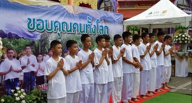 Thành viên duy nhất của đội bóng không tham gia tu tập là Adul Sam-on, 14 tuổi, người theo đạo Thiên Chúa Giáo. (Ảnh: Reuters)