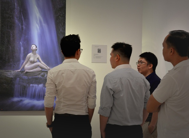 Đối tượng đến xem triển lãm vô cùng đa dạng và phong phú.