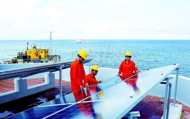 EVN cũng tích cực triển khai các dự án điện mặt trời nhằm hướng đến nguồn năng lượng sạch