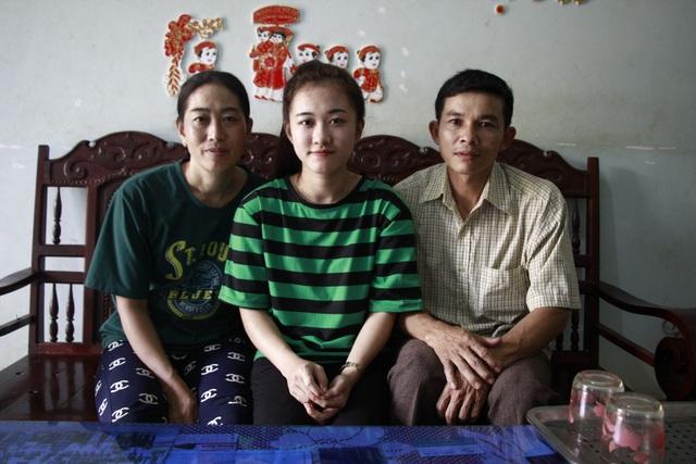 Bố mẹ Hà Vi rất vui, tự hào khi con gái luôn cố gắng không ngừng trong học tập