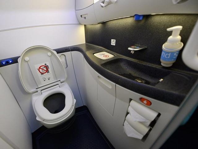 Hình ảnh cho thấy những đổi thay trong các chuyến bay xưa và nay - 29