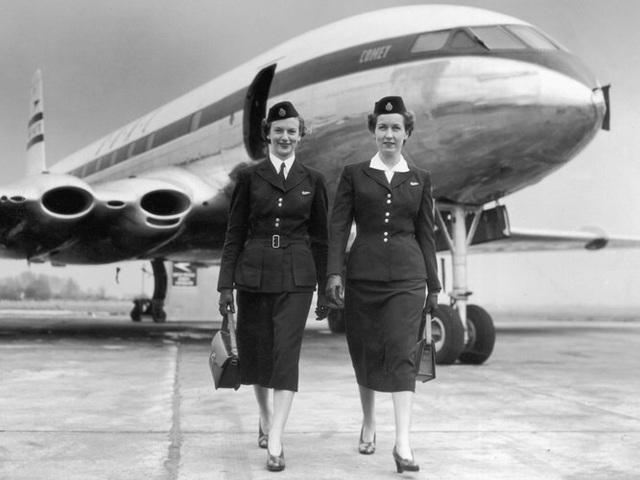 Hình ảnh cho thấy những đổi thay trong các chuyến bay xưa và nay - 30